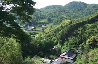 仏谷と勝善寺